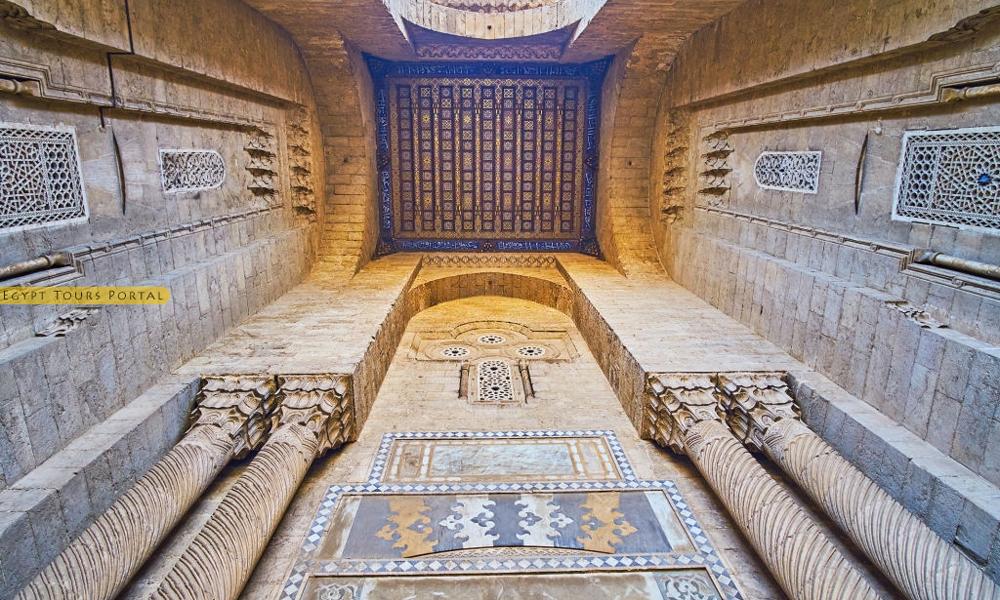 Constructions of Al-Rifai Mosque - Egypt Tours Portal