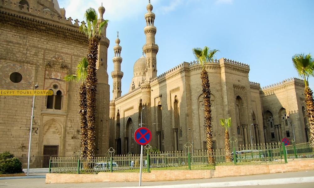 History of Al-Rifai Mosque - Egypt Tours Portal