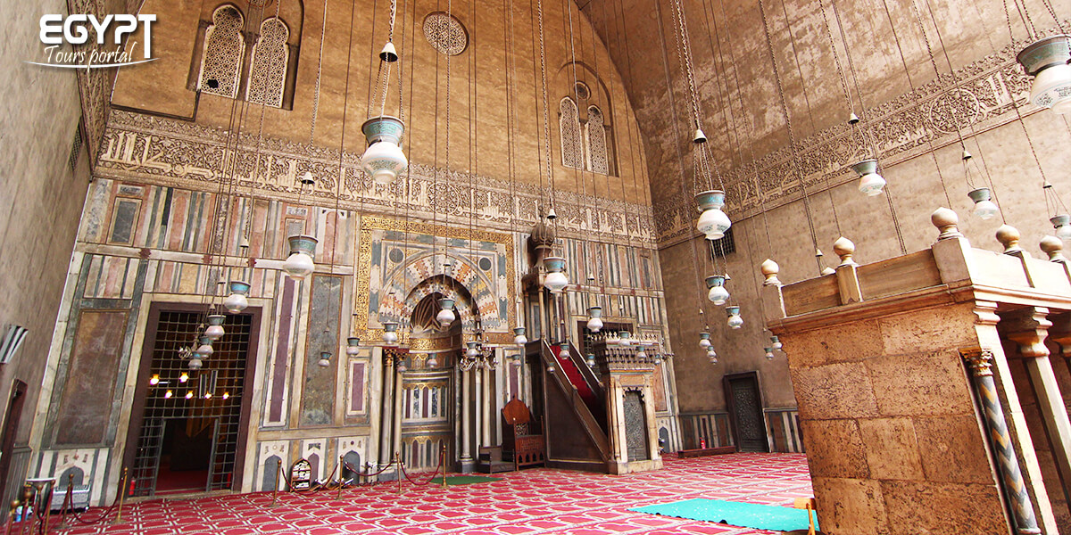 The Architecture of Sultan Hassan Mosque - Egypt Tours Portal